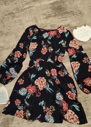 Платье шифон в цветы широкий рукав с интересной спинкой boohoo