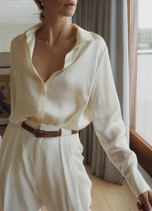 Шелковая плотная рубашка цвет слоновой кости перламутовые пуговицы классика базовая оверсайз