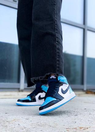 Женские стильные осенние кроссовки nike jordan 1 retro blue patent