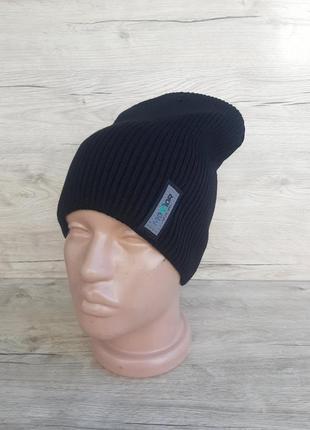Стильная подростковая шапка- лопата. цвет: чёрный. есть разные расцветки!