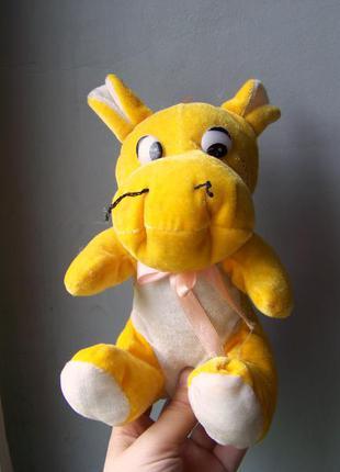 В подарок к любой покупке желтый бегемот