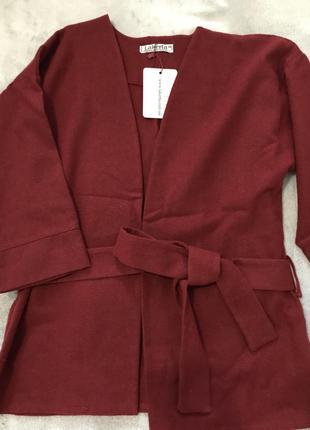 Новый пиджак, жакет из натуральной шерсти.