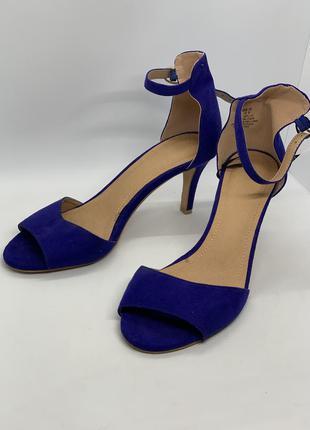 Стильные синие босоножки 39-40р