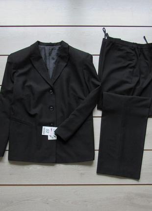 Новый брючный костюм пиджак брюки от bexleys woman