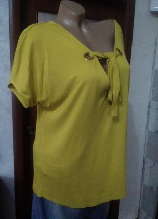 Красивая плотная блузочка, большого размера