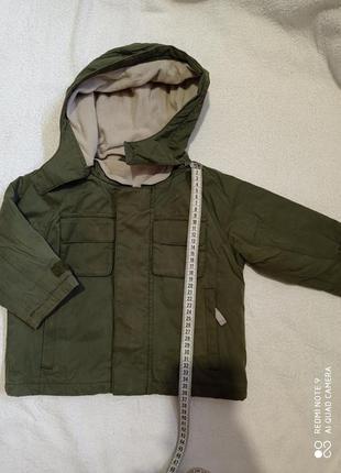 Куртка с капюшоном хаки демисезонная реглан 12-18 мес на замке и липучках