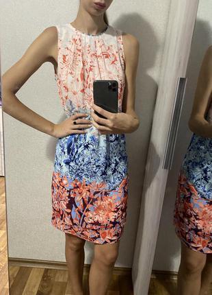 Красивое платье h&m свободного силуэта