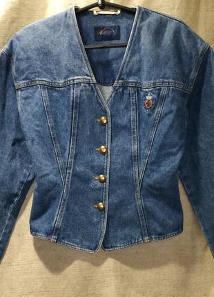 Винтажная джинсовая куртка жакет bogner. необычный фасон
