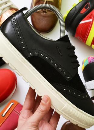 Фирменные кожаные итальянские туфельки geox respira