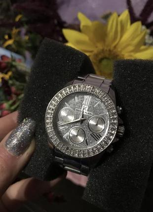 Женские наручные часы daniel klein