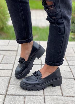 Женские туфли, чёрные туфли, кожаные туфли
