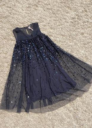 Очень красивое, нарядное платье next, на 8 лет
