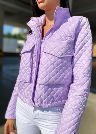 Куртка. стеганная укороченная куртка с накладными карманами размер 42-44 46-48