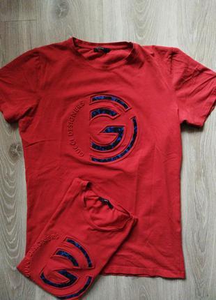 Оригинальная футболка gucci italy размер 48-58, состояние идеальное.