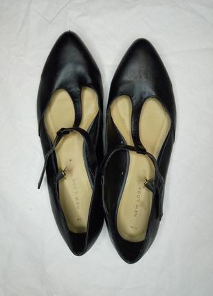 Аккуратные туфельки балетки с пряжкой