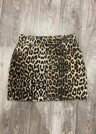 Леопардовая джинсовая юбка