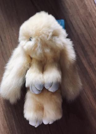 Брелок кролик, пушистый брелок