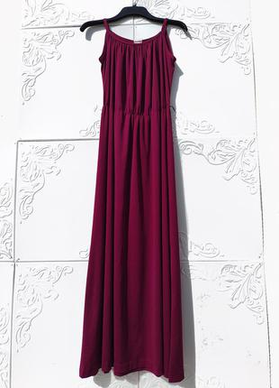 Длинное бордовое красивое платье дания