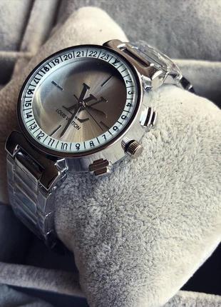 Красивый, стильный дизайн, женские часы луи