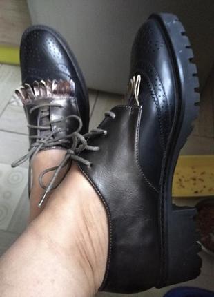 Тренд года!шикарные кожаные лоферы броги оксфорды 40р vanessa wu франция