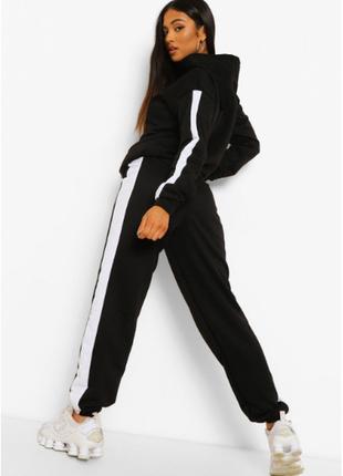 Спортивный костюм в стиле колор-блок от boohoo англия.размер евро 38/40