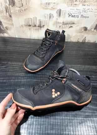Беговые кроссовки vivobarefoot