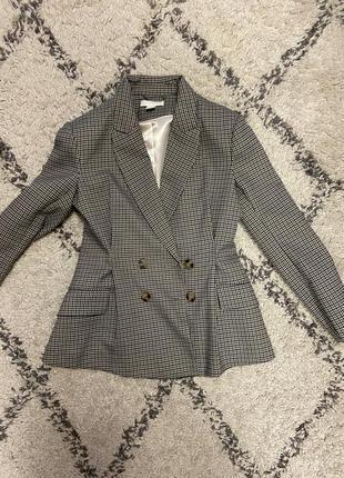 Шерстяной приталенный пиджак
