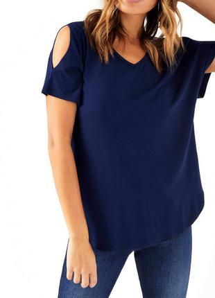 Синяя футболочка с открытыми плечами