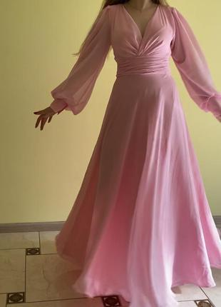 Нарядне ніжне плаття
