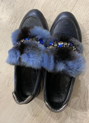 Кроссовки кожа ботинки 38 размер
