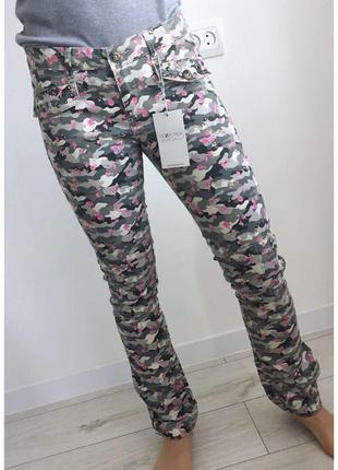 Брюки, штани, штаны, брюки с принтом, интересные штаны.