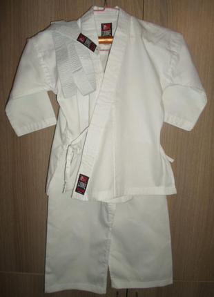 Детское кимоно новое leone размер 120 с поясом