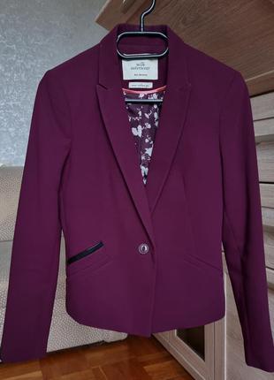 Бордовый пиджак bershka