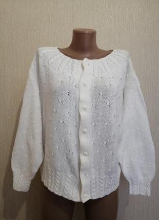 Трендовий светр накидка з об'ємним рукавом