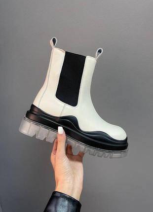 ◽bottega veneta boots cream clear sole◽
