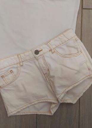 Стильные белоснежные шорты от bershka🐢🌿