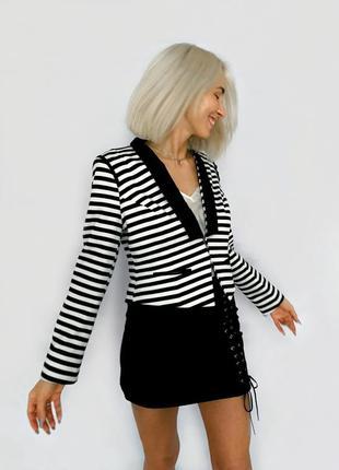 Укороченный пиджак жакет блейзер