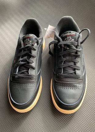 Оригінальні жіночі кросівки кеди чорні. club c 85, кроссовки.