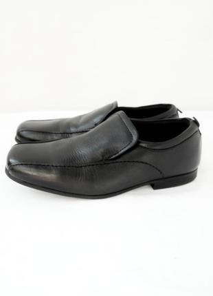 В школу! стильные брендовые подростковые кожаные туфли next. размер uk2/ eur34-35.