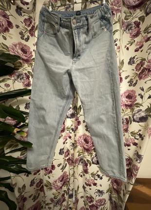 Mom джинсы gap
