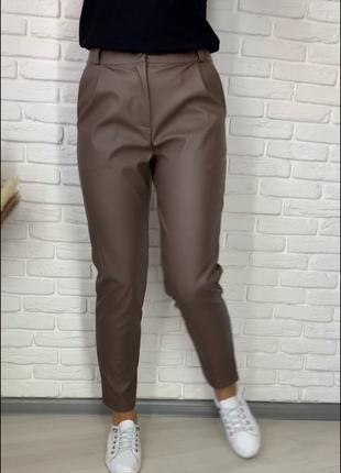 Кожаные брюки из экокожи на флисе
