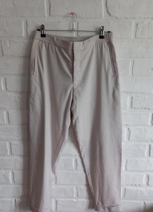 Свободные брюки cos