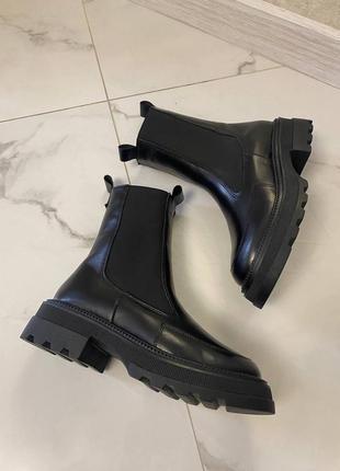 Ботинки натуральная кожа чёрные