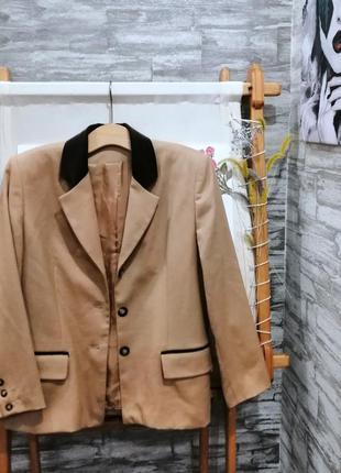 Шерстяной пиджак c&a