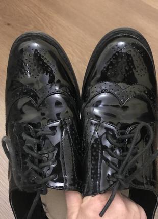 Туфли лаковые лоферы