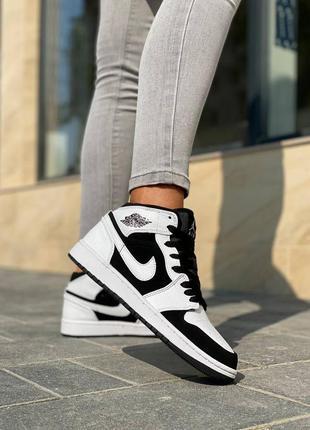 Кросівки nike air jordan retro fur кроссовки