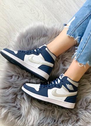 Женские стильные осенние кроссовки nike jordan 1 retro navy blue/white