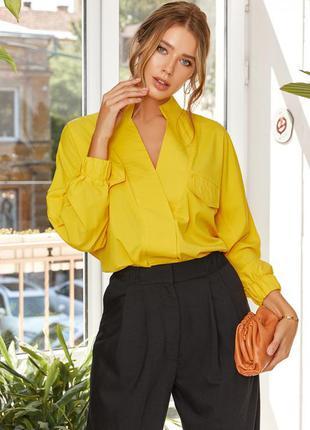 Стильна об'ємна блузка