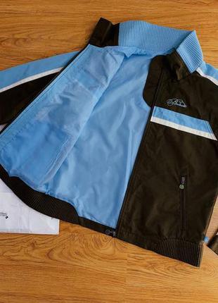 Женская демисезонная куртка ветровка