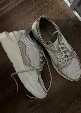 Кожаные кроссовки prego